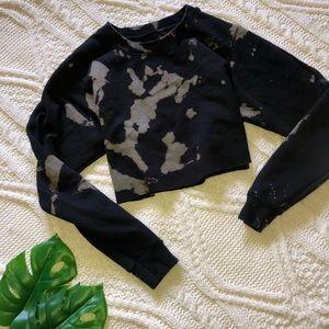 Gildan diy tie dye raw cut cropped sweatshirt